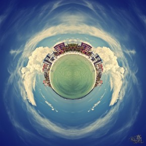 fort myers beach globe 290x290 Photo Manipulation